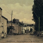 rue principale et la gendarmerie